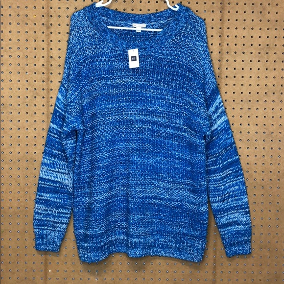GAP Tops - Gap Blue/White thick sweater
